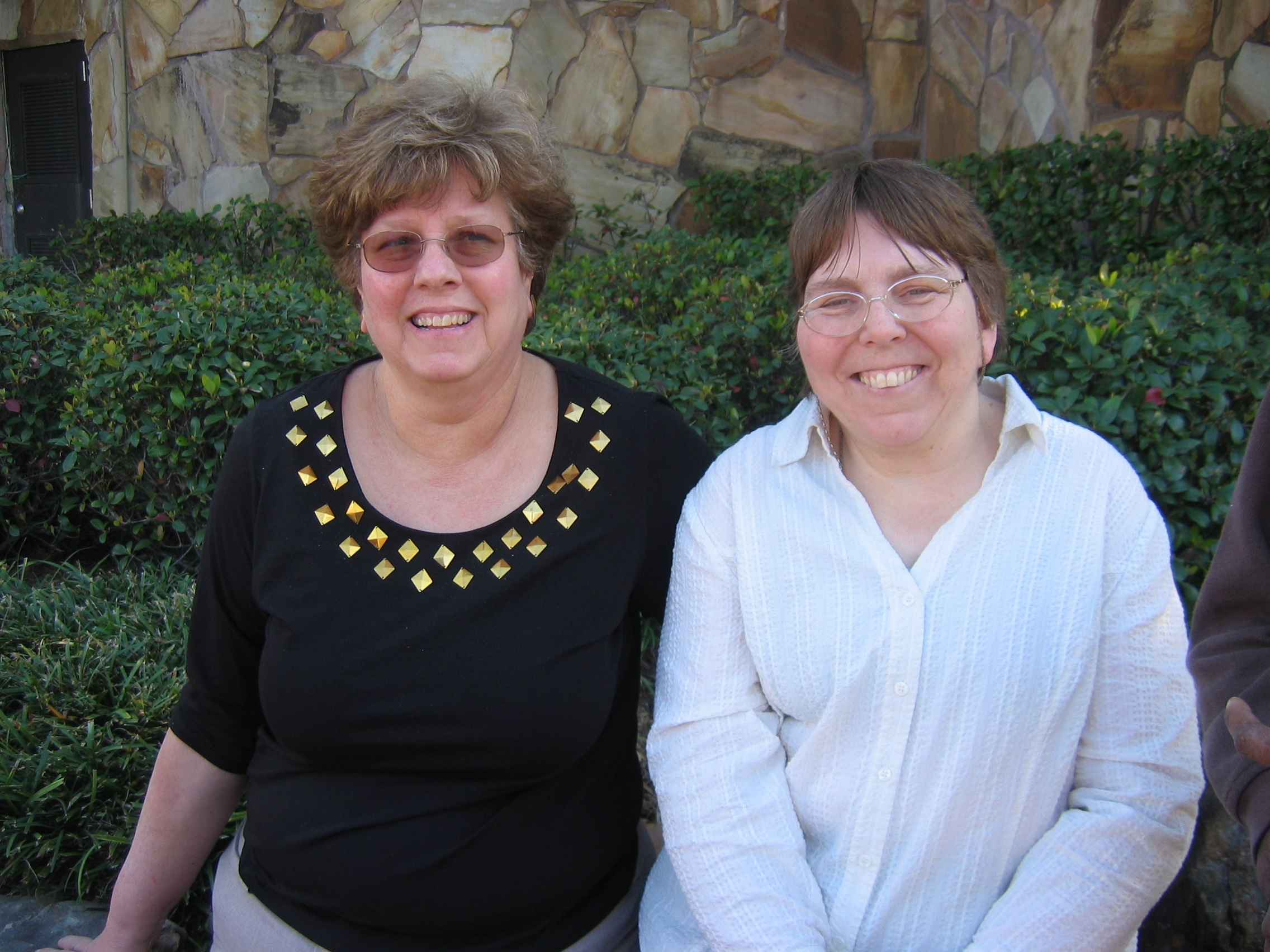 Picture of Lynne Tamore with Nancy Ward.